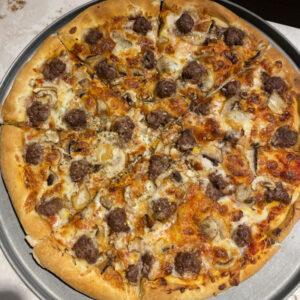 پیتزا بیسمارک خوشمزه