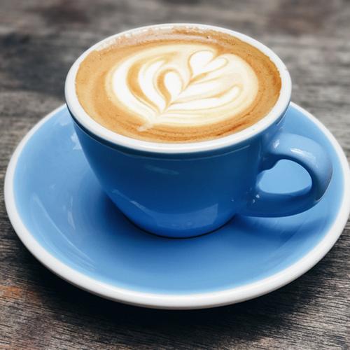 قهوه و نوشیدنیهای گرم میورا