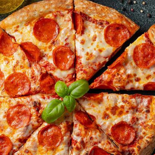 طرز تهیه پیتزا پپرونی خوشمزه